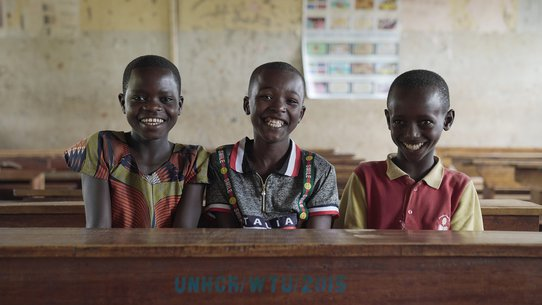 War Child helps Emilie and her friends by providing education