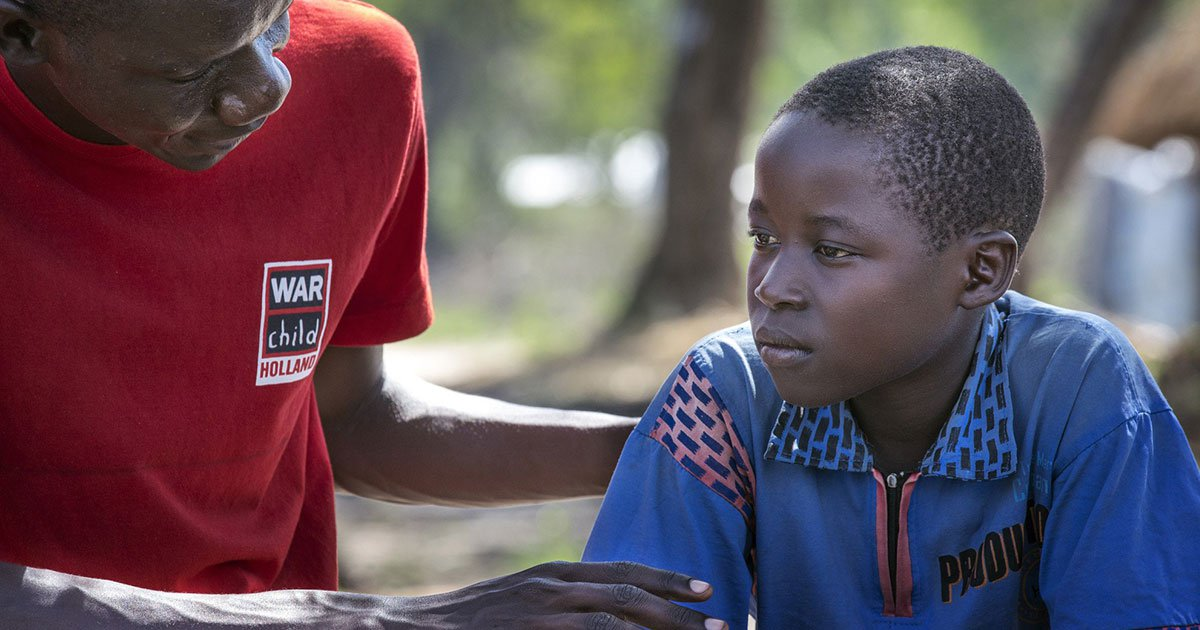 How does War Child provide vital psychosocial support to children?